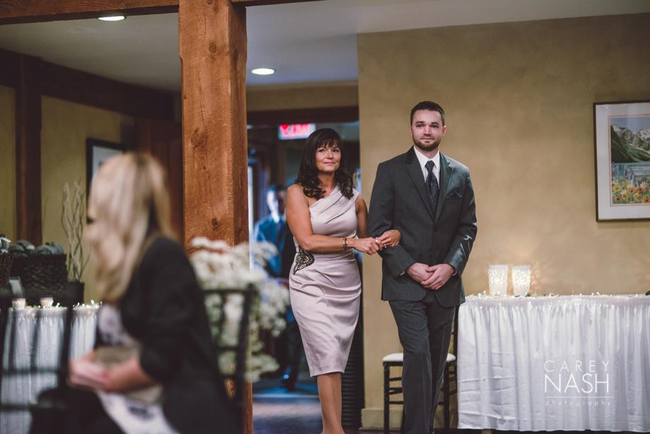 Rocky Mountauntain Wedding - Buffalo Mountain Lodge wedding - Luxury Mountain Wedding - Rock the dress-17