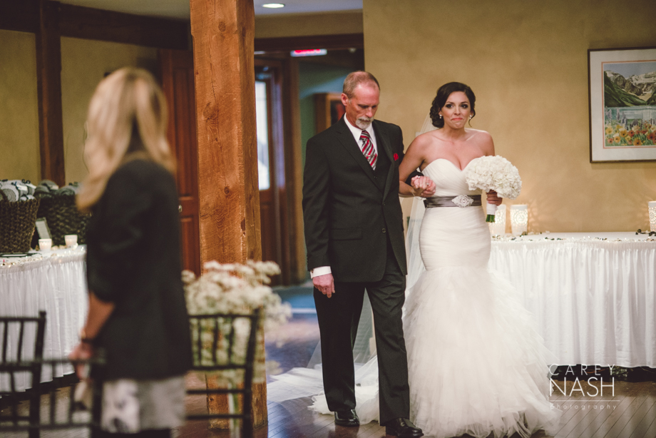 Rocky Mountauntain Wedding - Buffalo Mountain Lodge wedding - Luxury Mountain Wedding - Rock the dress-18
