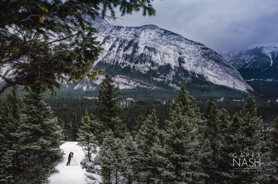 Rocky Mountauntain Wedding - Buffalo Mountain Lodge wedding - Luxury Mountain Wedding - Rock the dress-2