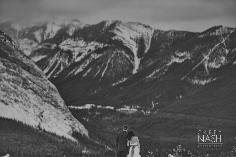 Rocky Mountauntain Wedding - Buffalo Mountain Lodge wedding - Luxury Mountain Wedding - Rock the dress-57
