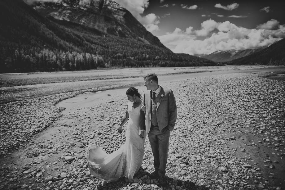 emerald lake wedding - Peyto Lake wedding  (1 of 6)