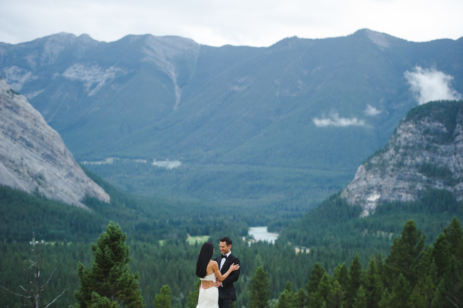 Banff Springs Hotel Wedding _ luxury Wedding - Destination Weding - Lynn Fletcher (42 of 48)