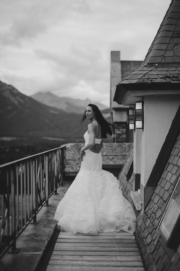 Banff Springs Hotel Wedding _ luxury Wedding - Destination Weding - Lynn Fletcher (9 of 48)