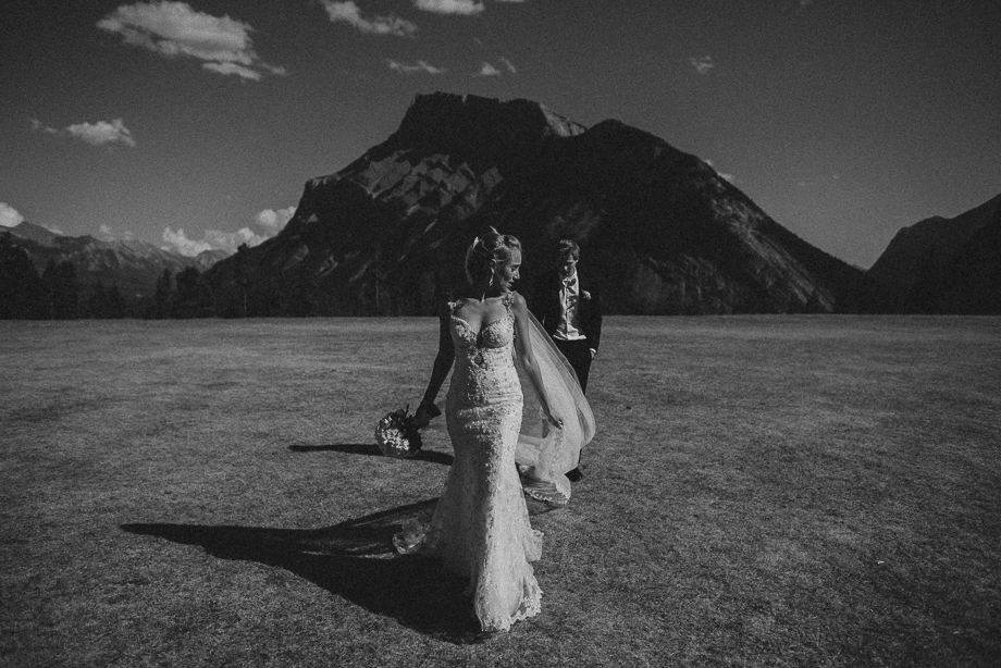 Banff Springs Wedding - Banf Wedding - Luxury Wedding - Destination Weding - Fairmont Wedding (36 of 69)