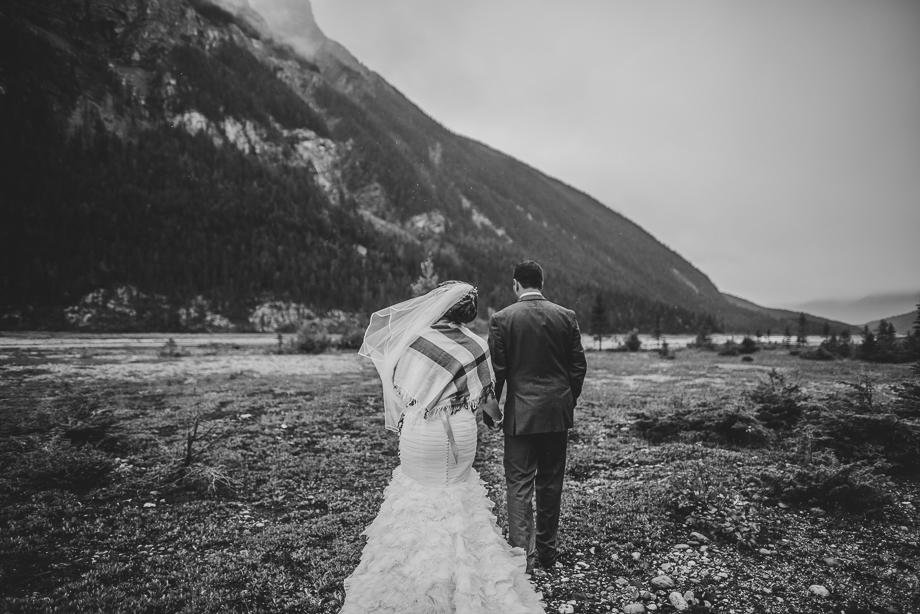 Emerald Lake Wedding - Caitlin and Matt - Luxury Wedding - Destination Wedding (18 of 37)