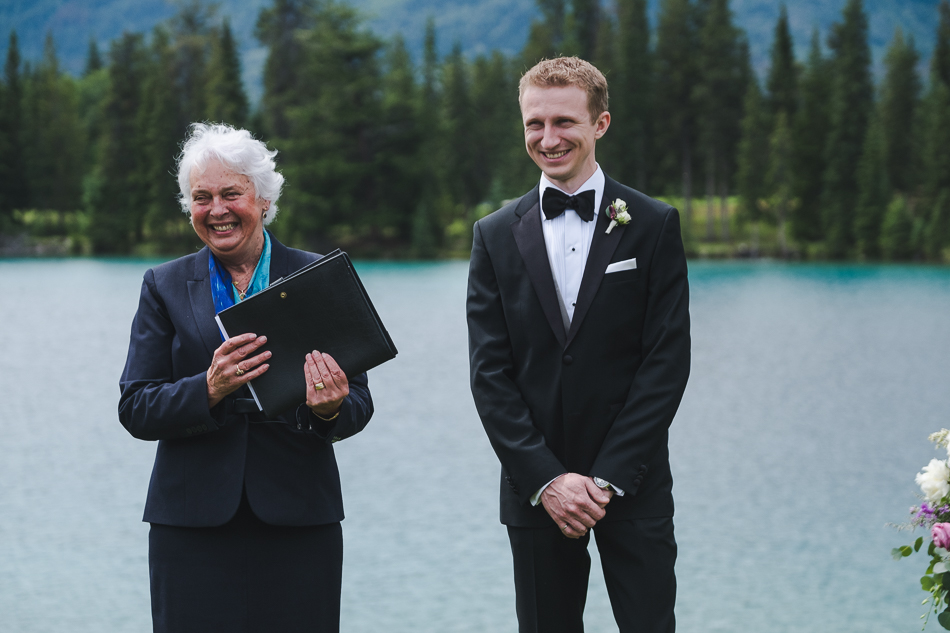 jasper-park-lodge-wedding-rockies-heli-wedding-adventure-session-jasper-wedding-12-of-43