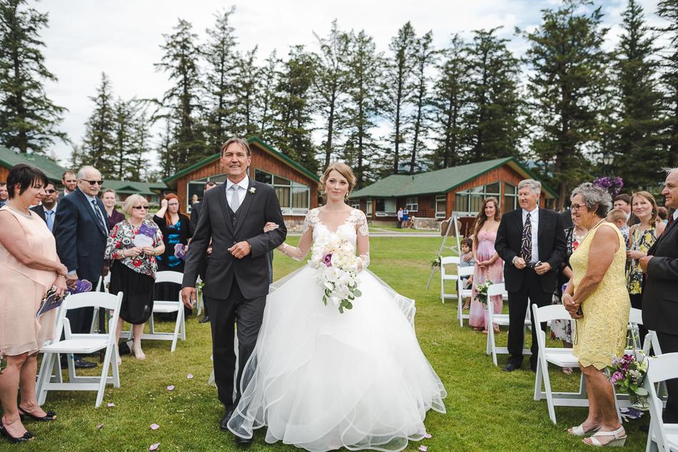 jasper-park-lodge-wedding-rockies-heli-wedding-adventure-session-jasper-wedding-15-of-43