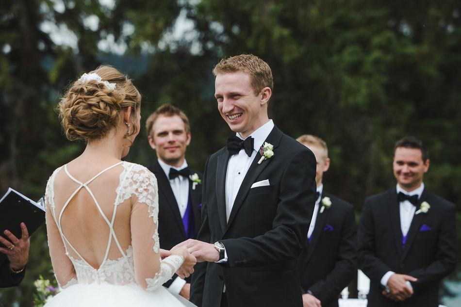 jasper-park-lodge-wedding-rockies-heli-wedding-adventure-session-jasper-wedding-17-of-43