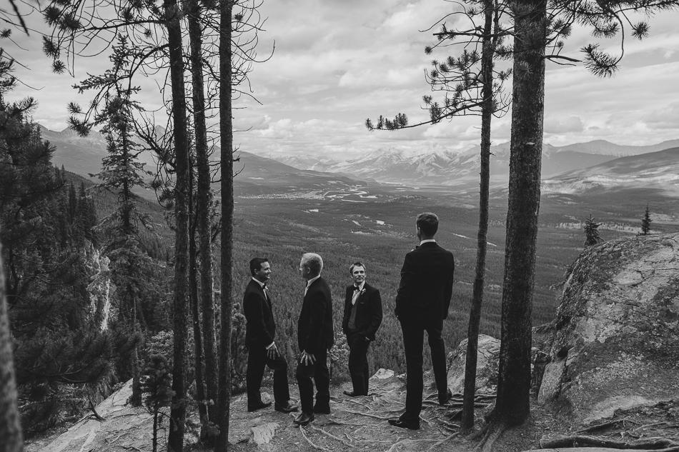 jasper-park-lodge-wedding-rockies-heli-wedding-adventure-session-jasper-wedding-24-of-43
