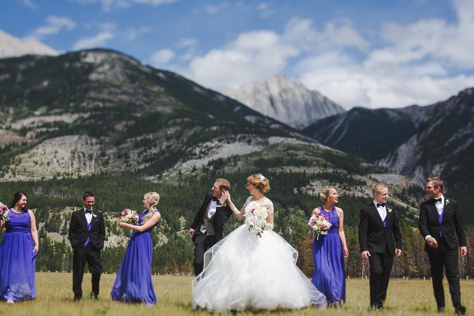 jasper-park-lodge-wedding-rockies-heli-wedding-adventure-session-jasper-wedding-26-of-43