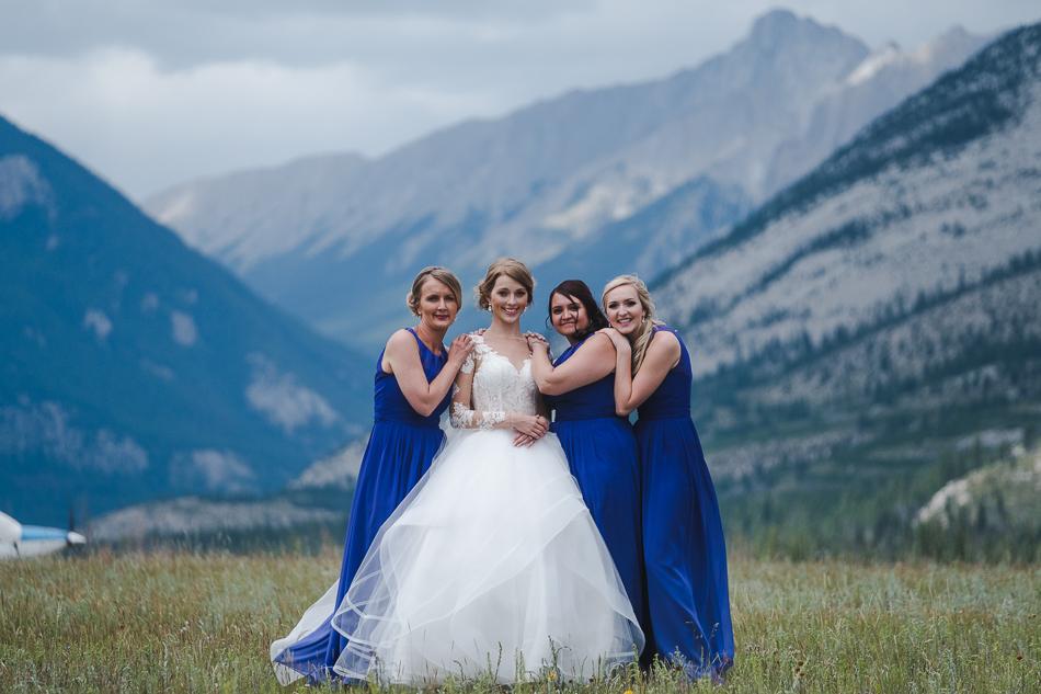 jasper-park-lodge-wedding-rockies-heli-wedding-adventure-session-jasper-wedding-27-of-43