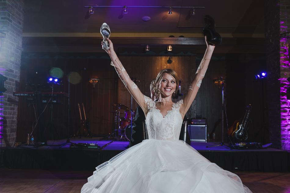jasper-park-lodge-wedding-rockies-heli-wedding-adventure-session-jasper-wedding-31-of-43