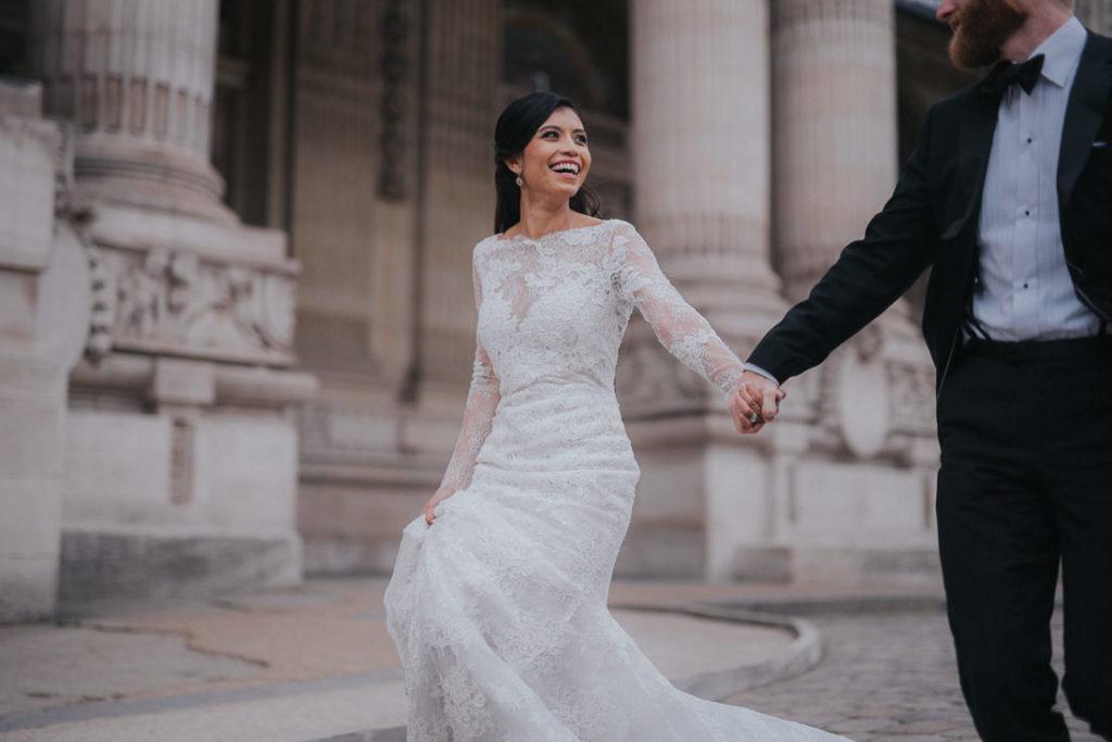stunning bride in Paris