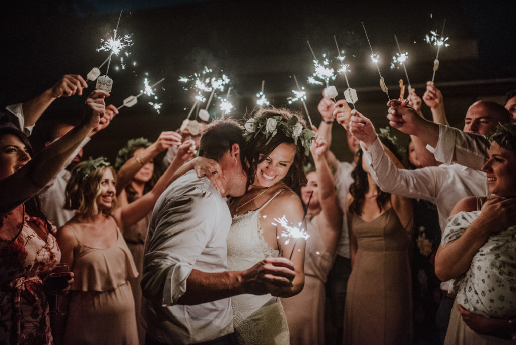 Amazing Wedding photos with Sparklers