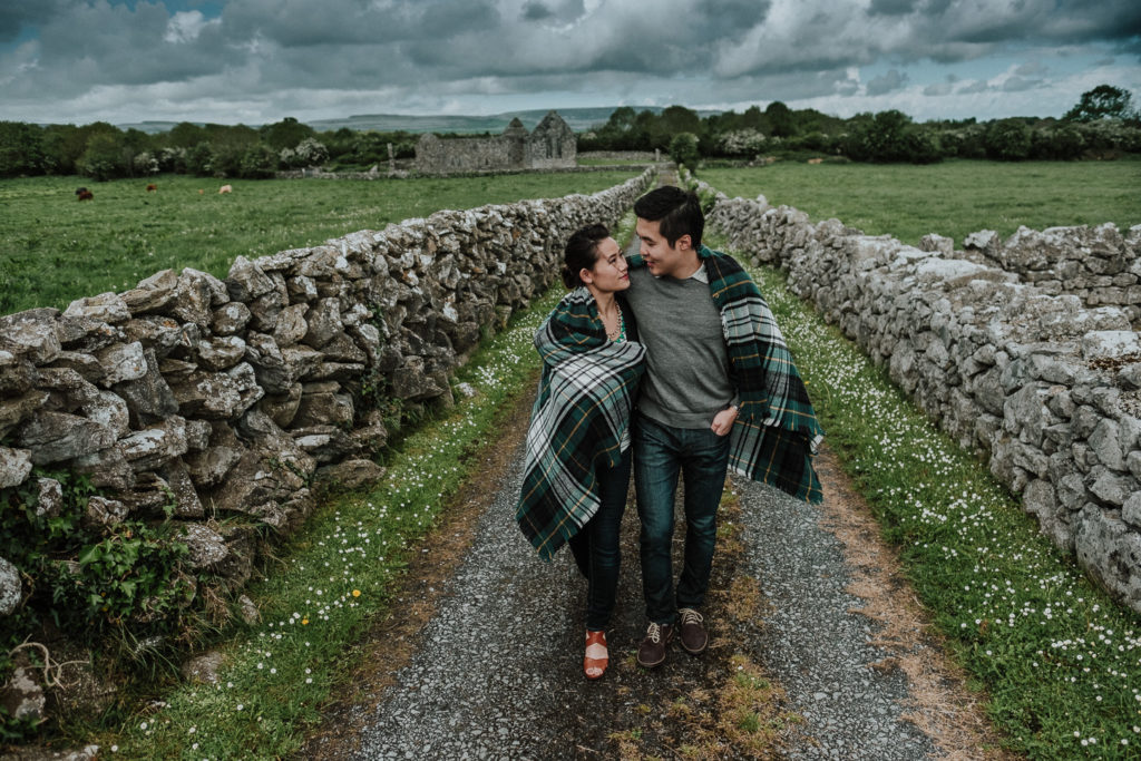 cobblestone engagement photos