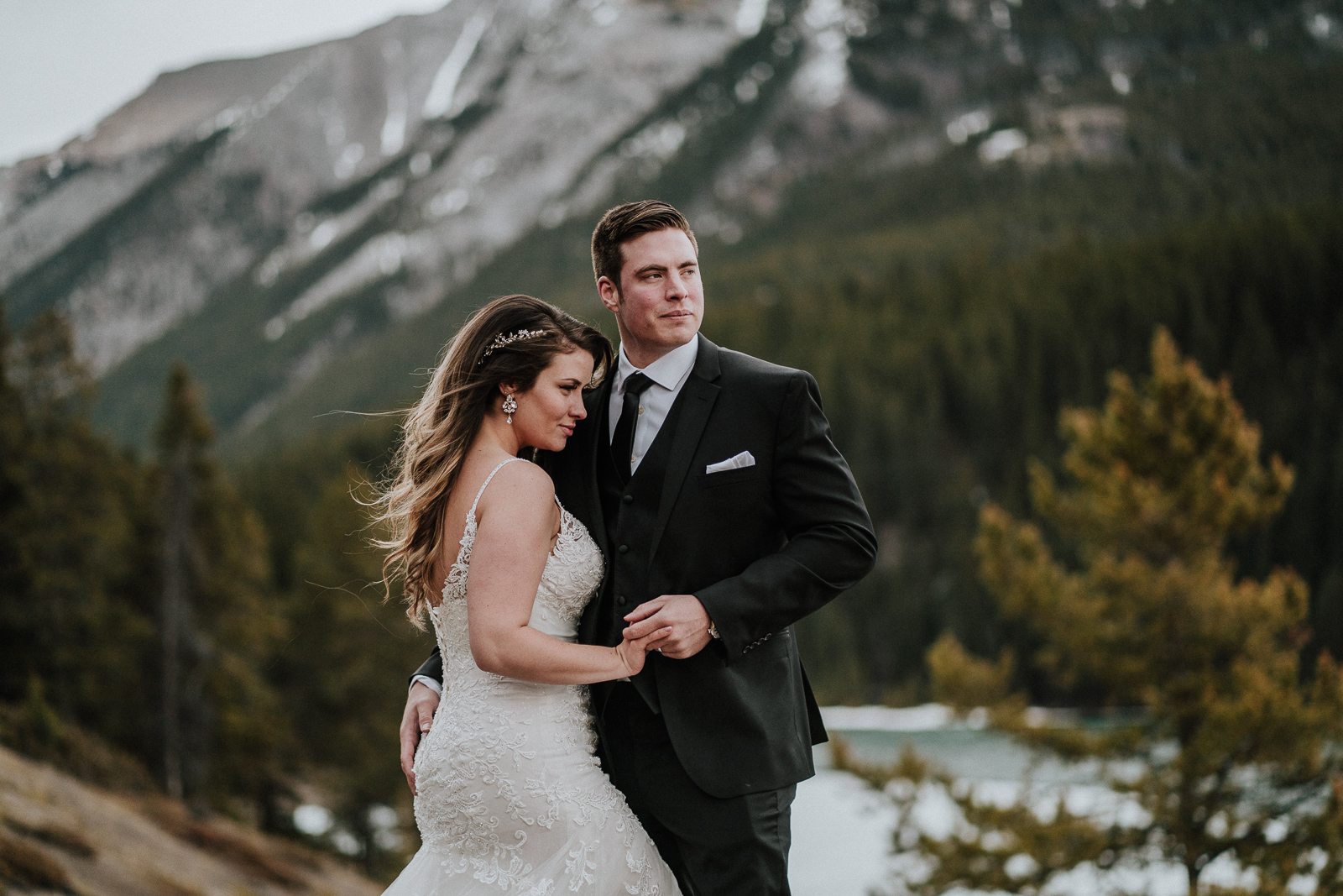 Luxury Wedding portrait in the mountains