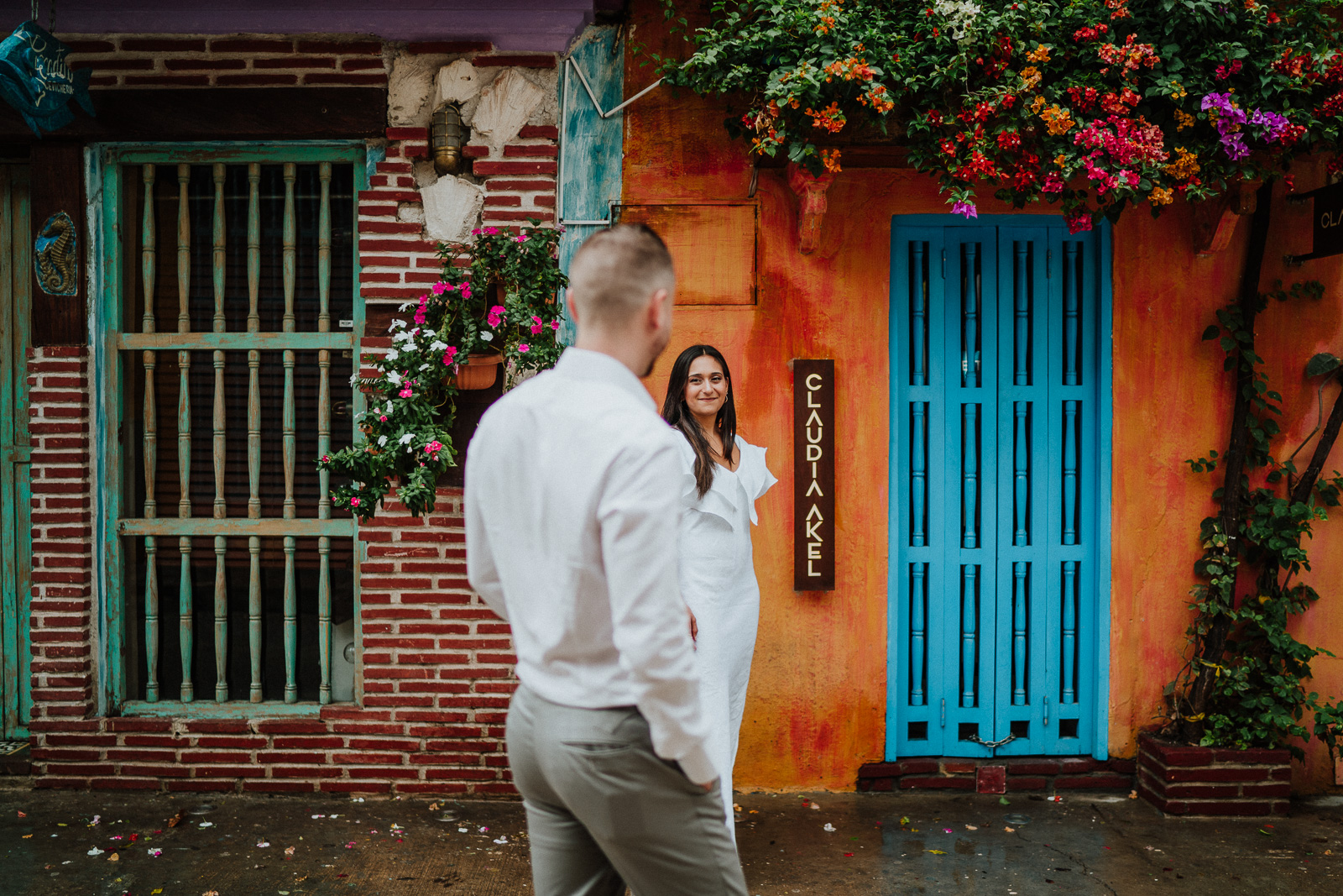 colourful wedding of cartagena