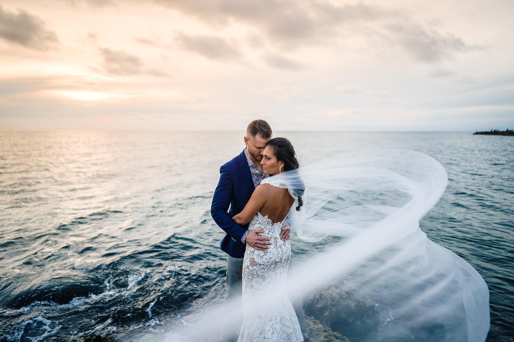 Amazing bride elopement Colombia