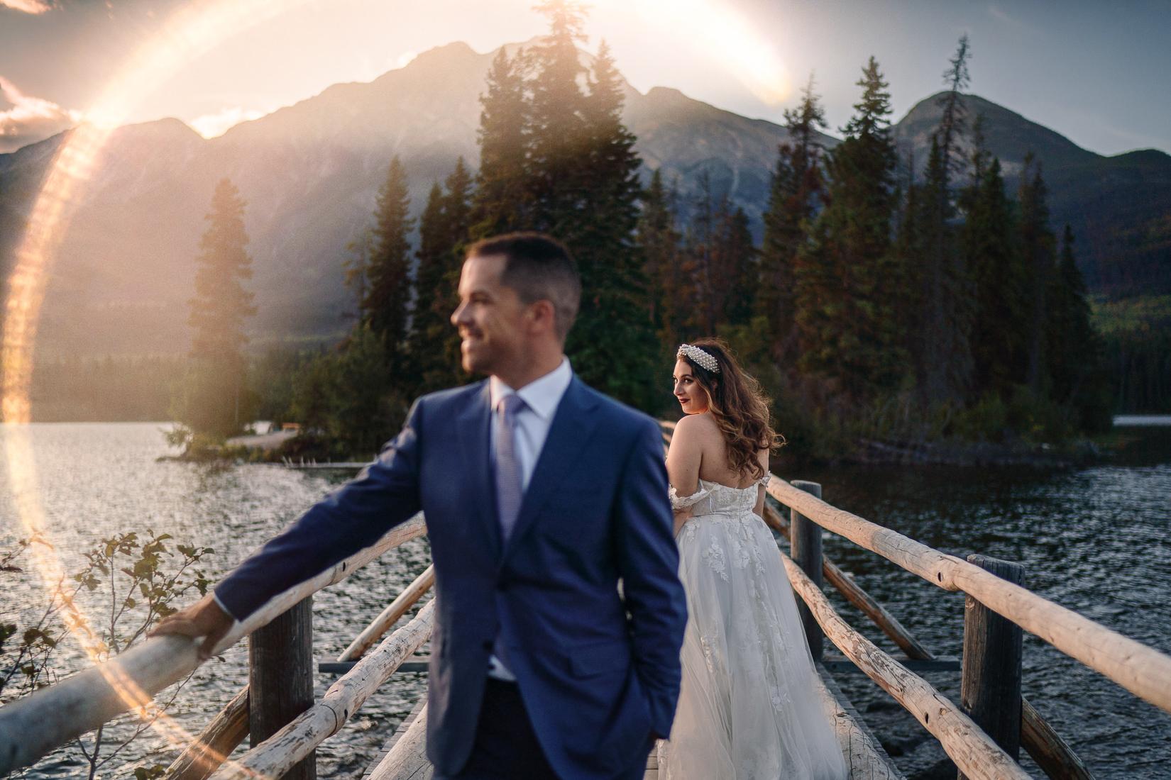 A wedding couple at Pyramid Lake
